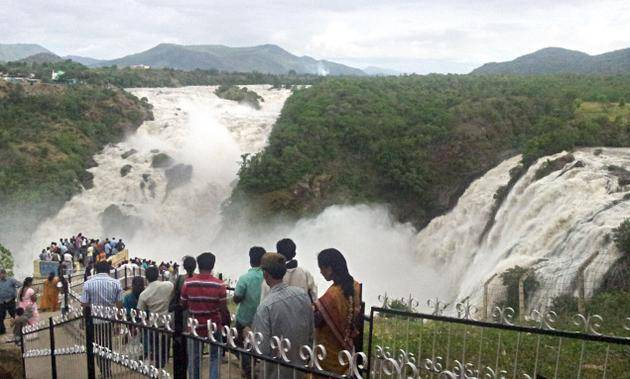 10 Most Popular Beautiful And Important Waterfalls In India Best Of India