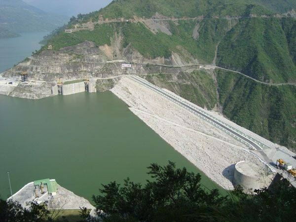 important hydro power plants in india