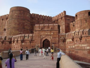 front_entrance_of_agra_fort