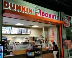"<img src=""Dunkin'-Donuts.jpg"" alt=""image of Dunkin'-Donuts popular franchisee"">"