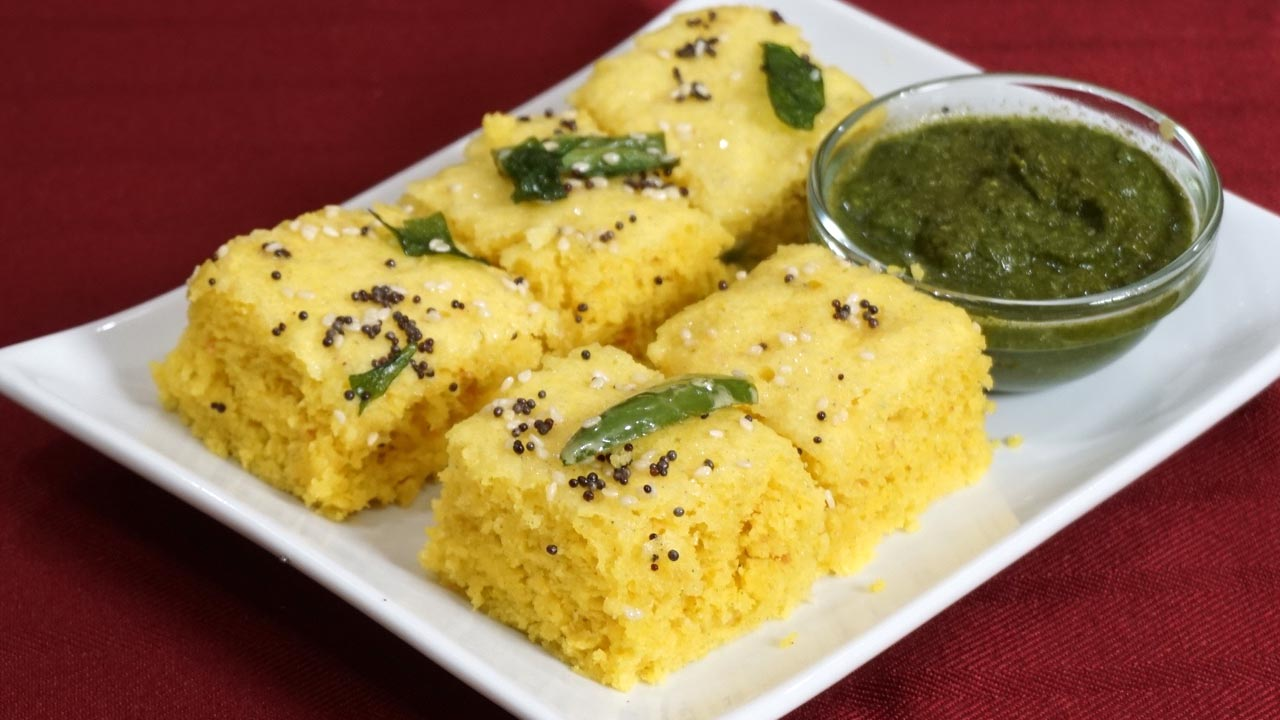 23 popular indian dishes recipes that are world famous best of 9 dhokla forumfinder Choice Image