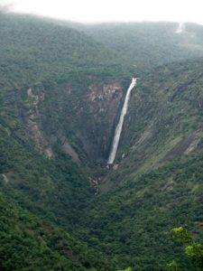 single streamed Thalaiyar Falls